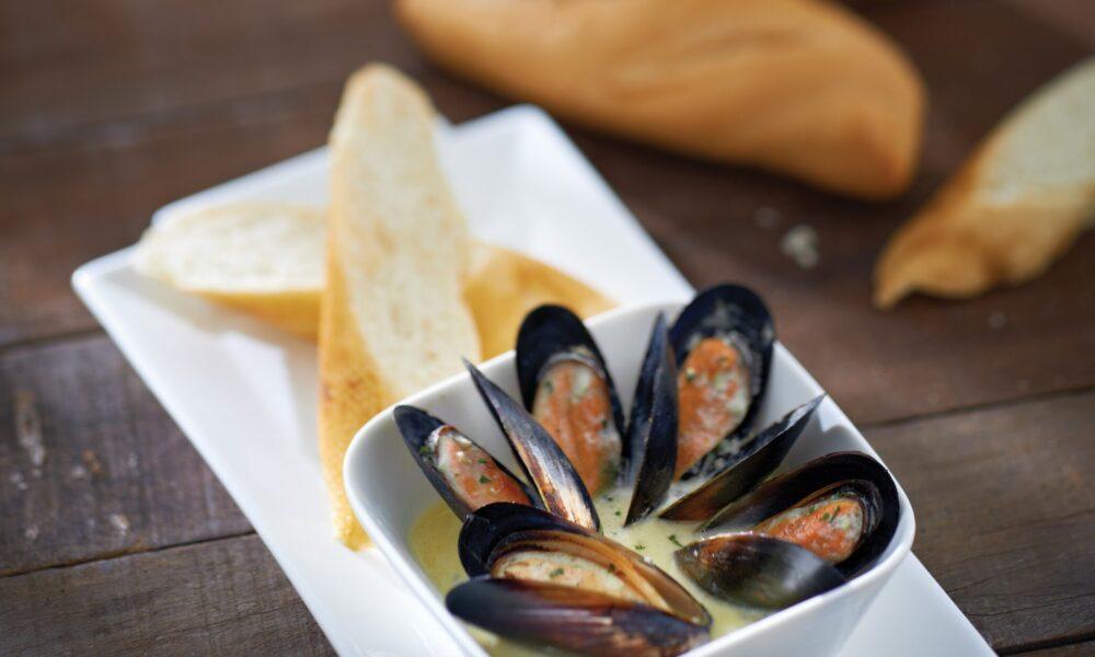 Single Garlic Herb Mussels_G6
